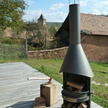 BBQ-Fireplace in Romania